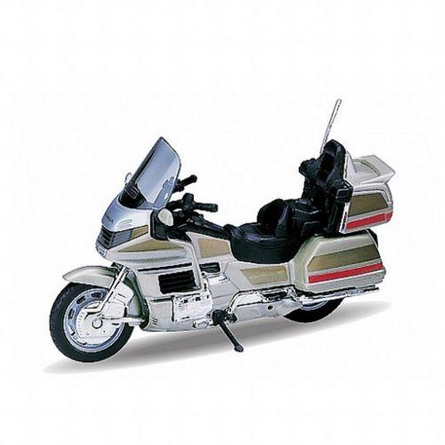 Модель мотоцикла 1:18 Honda Gold Wing